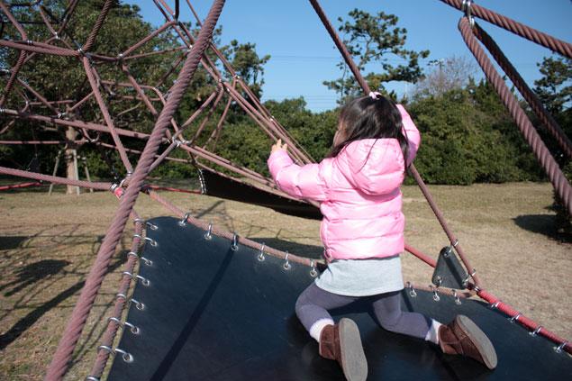 富津公園で遊ぶ娘