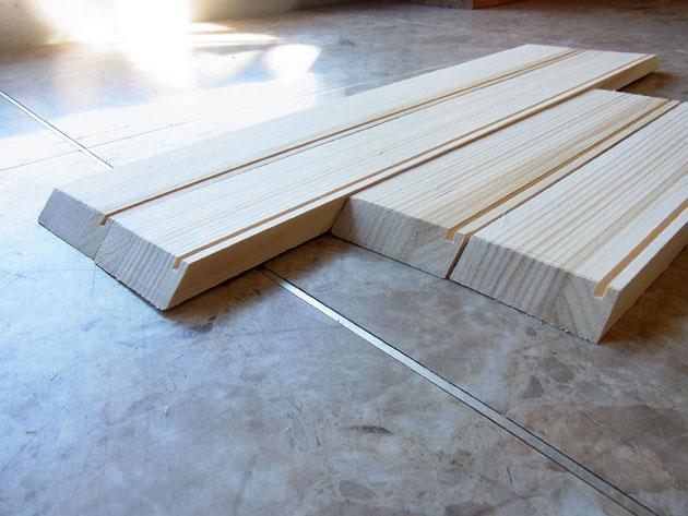 45度カットした木箱の材料